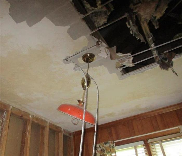 Burst Pipes in Ceiling Cause Major Water Damage